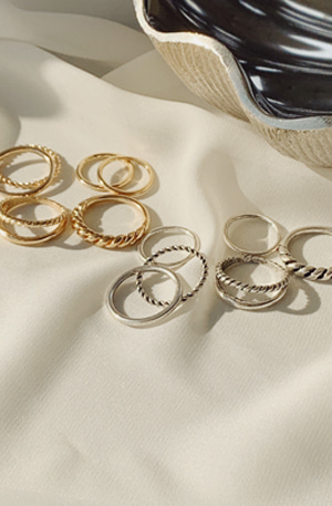 Holiday No.18 (ring set)